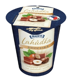 SOUR CREAM LAHŮDKA CHOCOLATE AND NUT 13% 130G